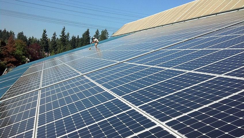 104 kW Solar PV System, King County Aquatic Center, Federal Way - Western Solar